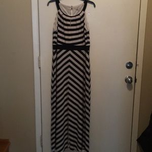 Sandra Darren long summer dress